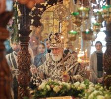 Утреня Великой субботы в Новодевичьем монастыре