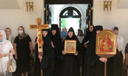 Праздник Рождества Иоанна Предтечи в Новодевичьем монастыре